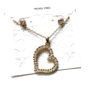 Jewelry - NECKLACE/EARRING SET HEART GOLD AND SILVER